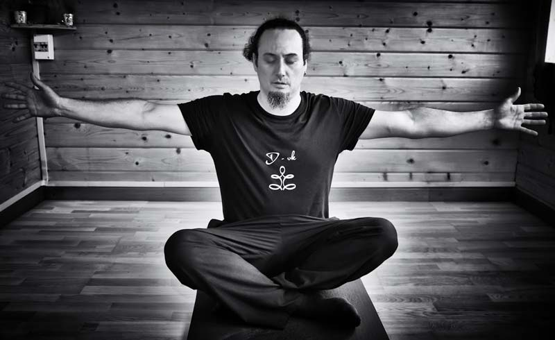 Yoga & Mouvement Conscient | Vimalkirti.fr